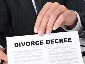 Where to Get a Free Copy of a Divorce Decree?